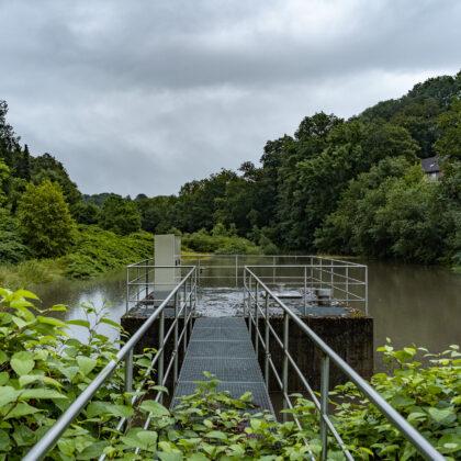Dauerregen und Hochwasser am Nacker Bach' - Hintergrundbild